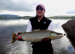 Watt Boone with 7kg trout, monster trout in Iceland, lake Thingvellir